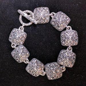 Premier Designs bracelet silver tone toggle clasp